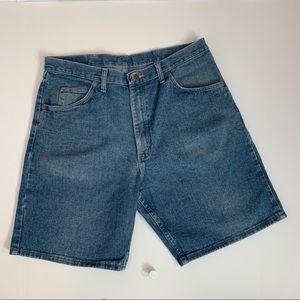 Men's Wrangler Relaxed fit blue jeans shorts 36
